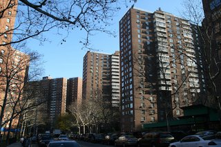 Modernism 2.0: A Tower in the Park Even Jane Jacobs Could Love - Photo 4 of 5 - Morningside Gardens, Manhattan. Courtesy of Interboro Partners.