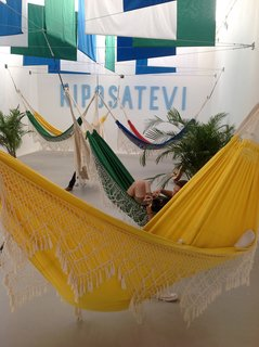 Curated by Lauro Cavalcanti, the recreation of the Riposatevi installation from the 1964 Milan Biennale, creates an environment for lounging.