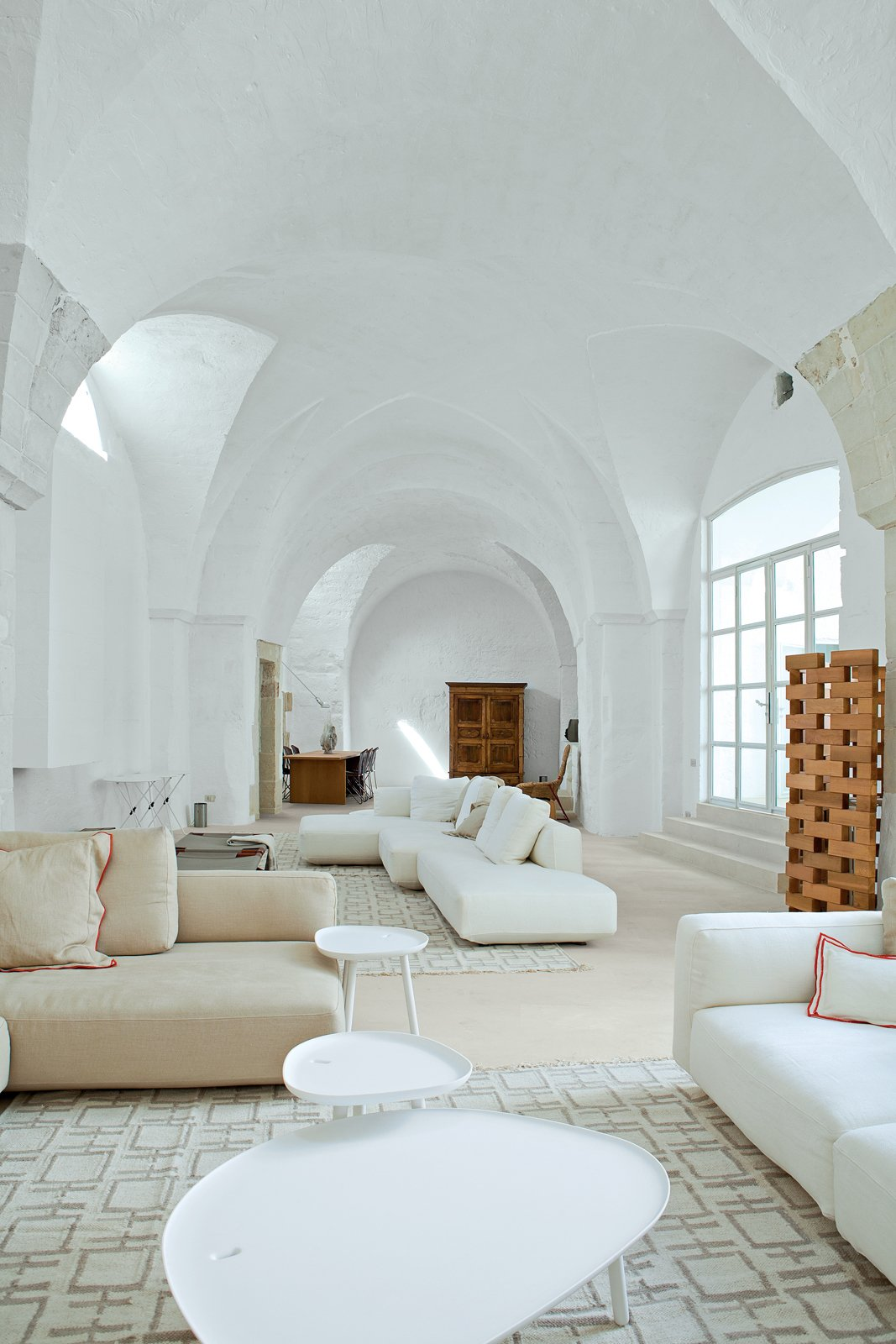 Photo 8 of 8 in Modern Meets Ancient in a Renovated Italian Vacation ...