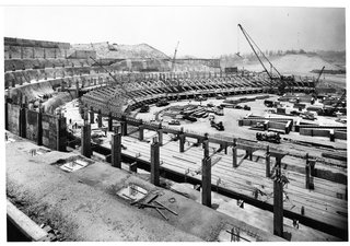 The Artful Dodger - Photo 2 of 4 - To build the stadium, the team employed a one-time-use crane that cost $150,000.