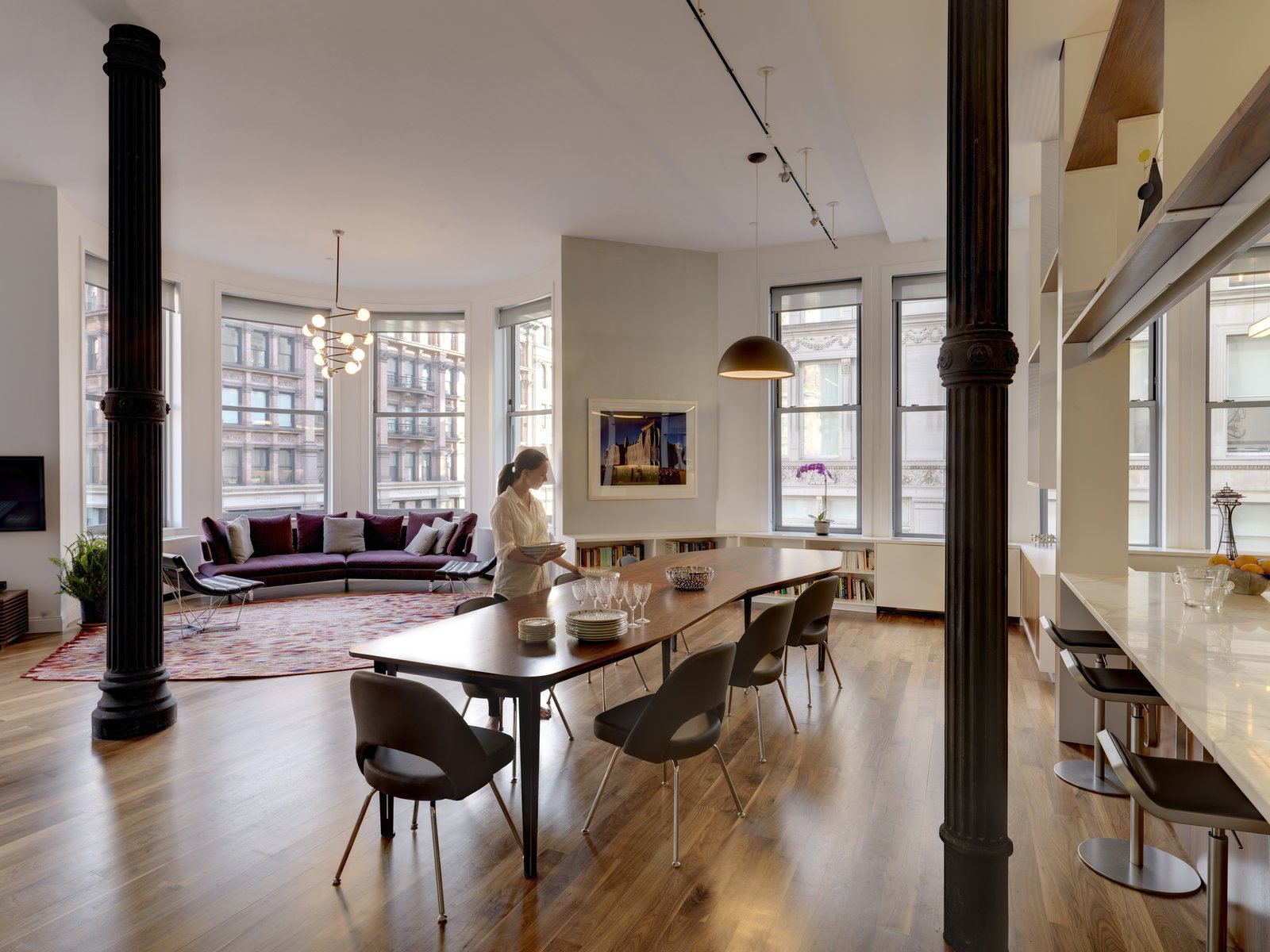 Photo 14 Of 20 In Pull Up A Chair In One Of These 20 Modern Dining Rooms  From Luminous Apartment In A Historic NYC Building   Dwell