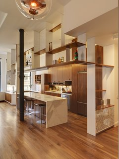 Luminous Apartment in a Historic NYC Building - Photo 4 of 7 -