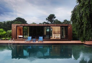 Cocoon9, based in New York City, takes a unique approach to prefab homes, offering a line of tiny modern homes with high-quality construction and finishes, smart technology, energy efficiencies, and versatile spaces that are ready for the modern market. Their models start at 160 square feet and go up to 480 square feet.