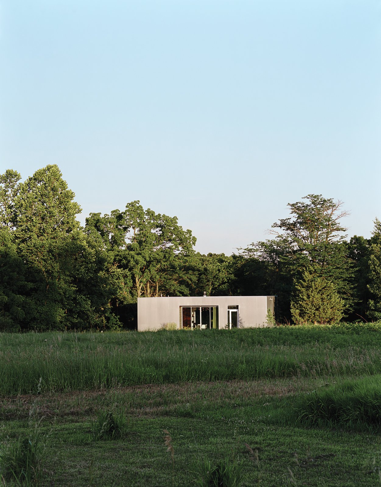 Exterior, Cabin Building Type, and House Building Type  New Grass Roots by Dwell