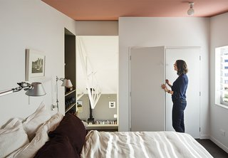 A Dramatic Cutout Wall and Other Surprises Define This Playful House - Photo 6 of 7 -