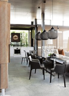 A Sophisticated Penthouse in Cape Town - Photo 4 of 6 -