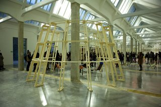 Salone attendees fill the space on Viale Umbria.