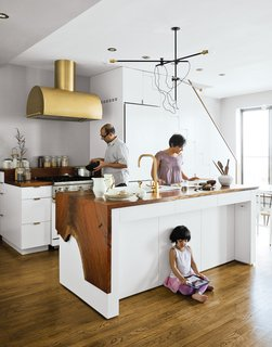 A wonderful family scene shot for Top Brass in our June 2012 issue.