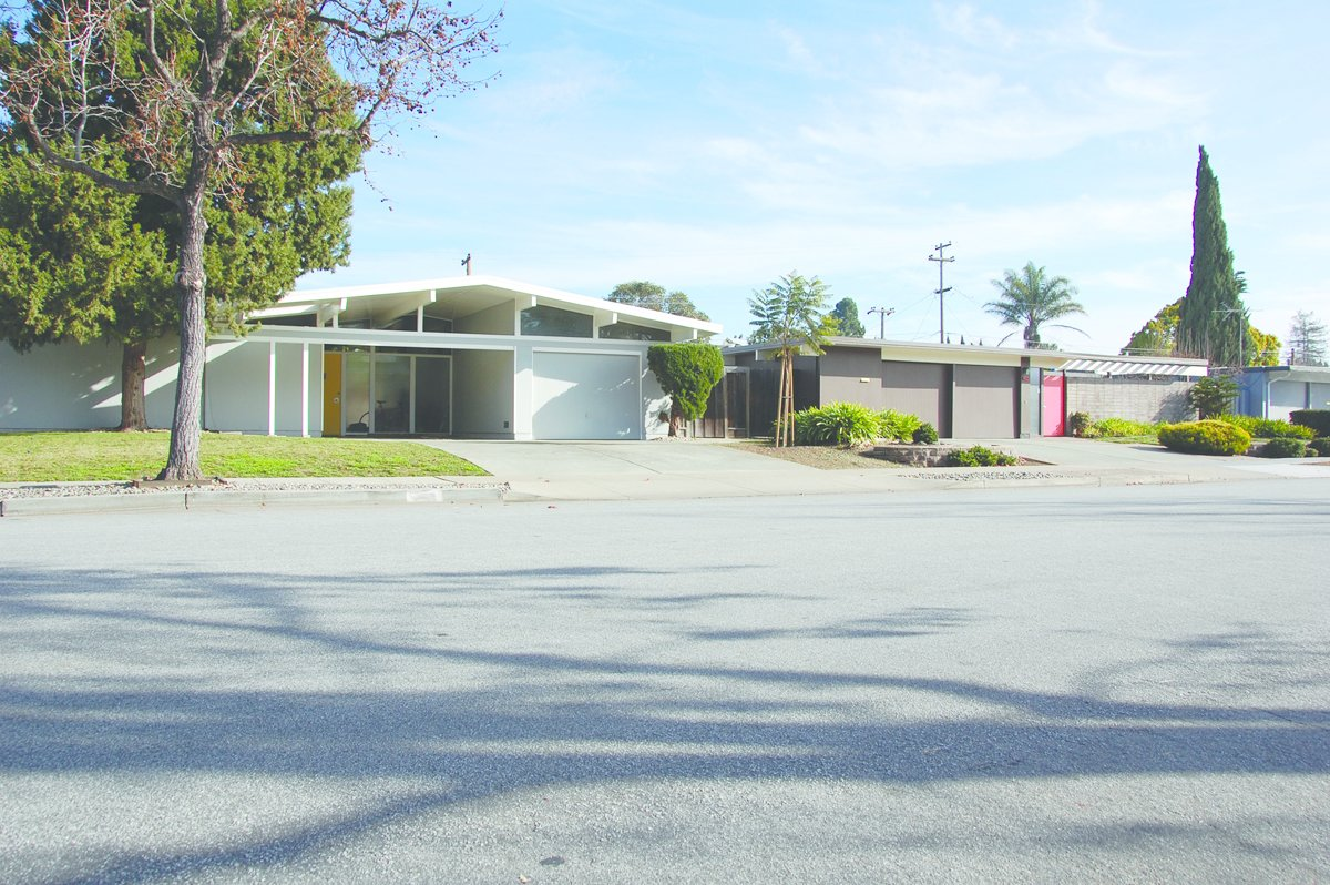 Fairwood, a tract in Sunnyvale, California, by Joseph Eichler.  Photo 4 of 6 in Never-Before-Seen Images of Iconic Midcentury Modern Eichler Homes