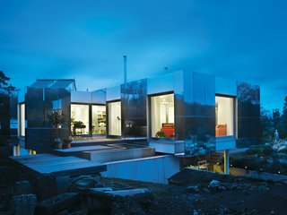 An Aluminum-Clad Green Energy Home in England - Photo 6 of 8 -
