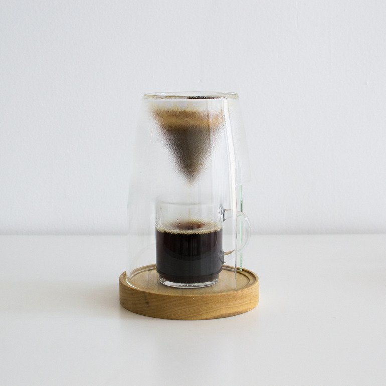 Photo 3 of 3 in Product of the Day: MANUAL Coffee Maker  Nº1