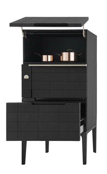 The W. Oven Tower's built-in storage.
