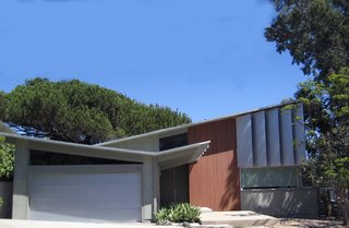 A Renovation Elevates This Humble Ranch Among its Iconic Midcentury Neighbors - Photo 1 of 10 -