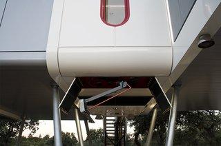 This Futuristic Prefab in Spain Has All the High-Tech Gizmos of a Spaceship - Photo 3 of 9 -