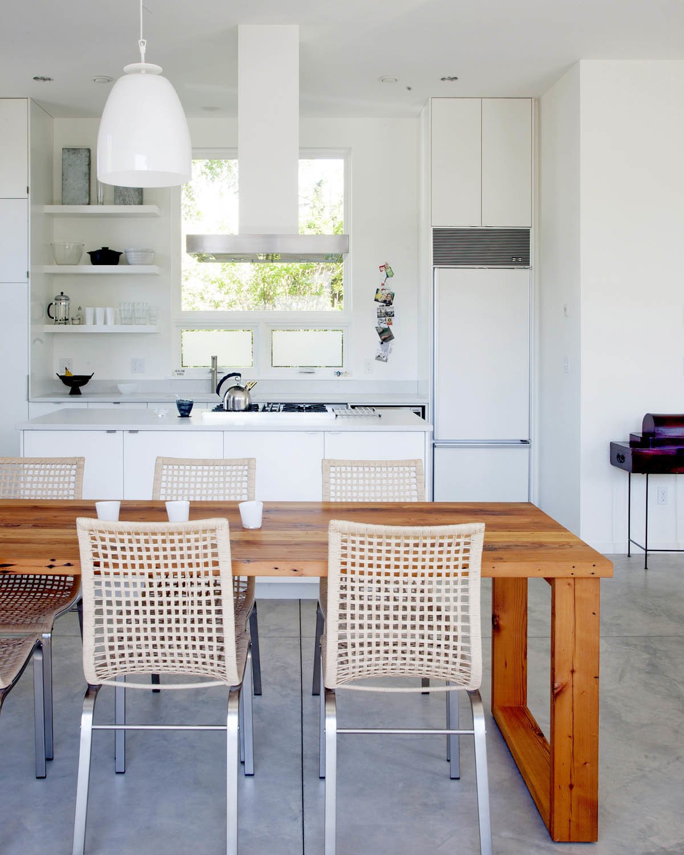 Modern Gabled House in Portland Photo 4