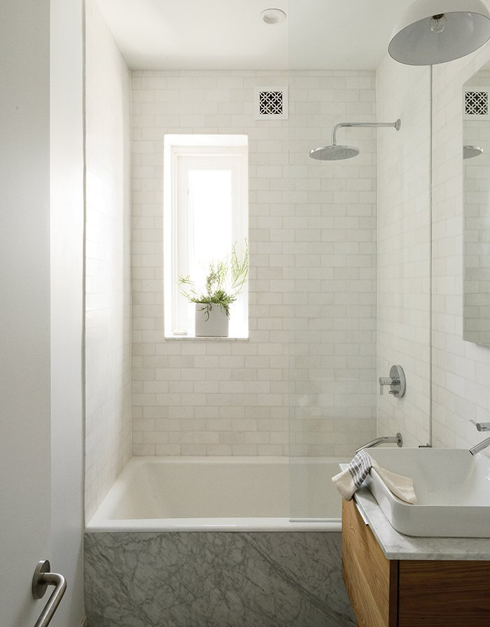 Modern Brooklyn Apartment Bathroom With Subway Tiles Bathtub And Square Sink