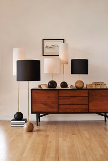 Classic Modernist House in Portland Inspires a Lighting and Furniture Line - Photo 5 of 7 -