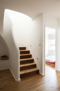 A Clever Sunken Roof Fills a London Terrace House with Light - Photo 5 of 7 -