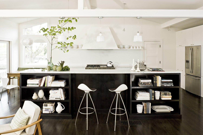 A Designer's Tips For Renovating a Midcentury Modern Interior