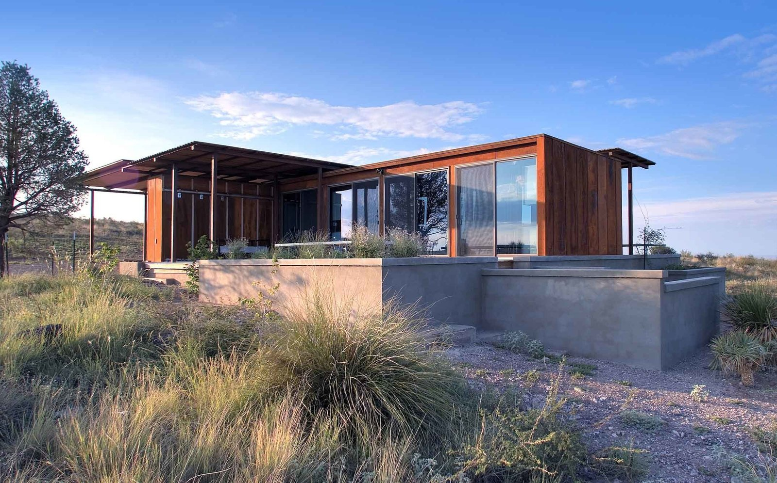 Home Tour: A Petite Prefab With Stunning Views of the Texas Landscape
