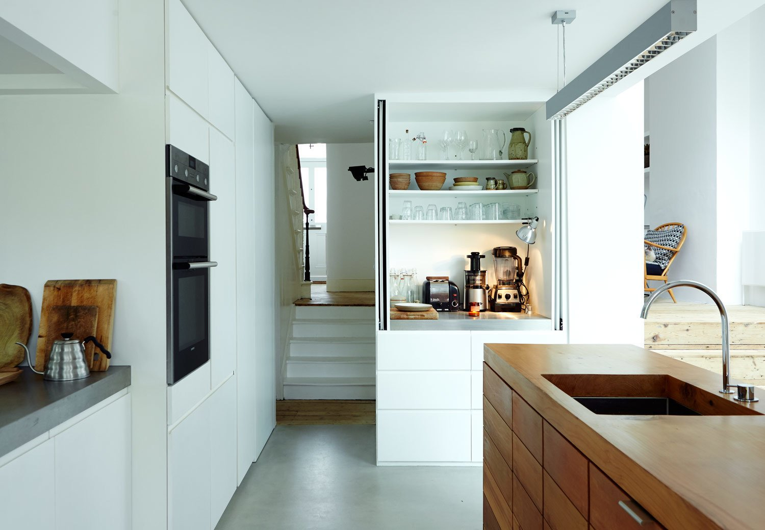 Photo 3 of 9 in This Kitchen Is as Cozy as Your Favorite Coffee Shop ...