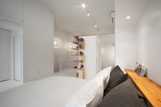 A Transformative Attic Renovation in Montreal - Photo 3 of 6 -