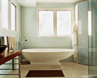 """#bath<span> <a href=""""/discover/spa"""">#spa</a></span><span> <a href=""""/discover/bath"""">#bath</a></span>&spa<span> <a href=""""/discover/modern"""">#modern</a></span><span> <a href=""""/discover/interior"""">#interior</a></span><span> <a href=""""/discover/interiordesign"""">#interiordesign</a></span><span> <a href=""""/discover/bathroom"""">#bathroom</a></span><span> <a href=""""/discover/bathtub"""">#bathtub</a></span><span> <a href=""""/discover/naturallighting"""">#naturallighting</a></span><span> <a href=""""/discover/shower"""">#shower</a></span><span> <a href=""""/discover/system20"""">#system20</a></span><span> <a href=""""/discover/masterbath"""">#masterbath</a></span><span> <a href=""""/discover/eggshape"""">#eggshape</a></span><span> <a href=""""/discover/eggbath"""">#eggbath</a></span><span> <a href=""""/discover/agape"""">#agape</a></span><span> <a href=""""/discover/tub"""">#tub</a></span><span> <a href=""""/discover/doorlessbathroom"""">#doorlessbathroom</a></span><span> <a href=""""/discover/johnpicardPhoto"""">#johnpicardPhoto</a></span> by Gregg Segal"""