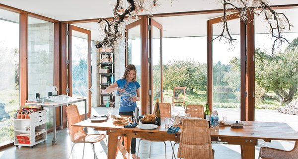 A Sonoma Prefab That Celebrates a Family's Passion for Cooking