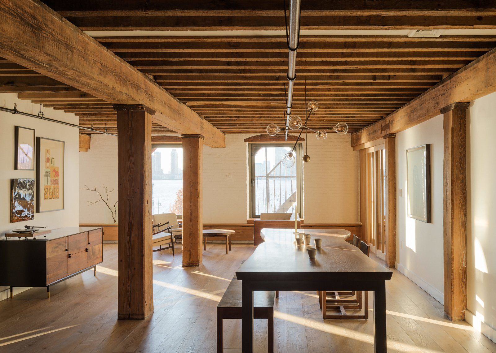 This Cozy Home Totally Changes How We Think of Tribeca Lofts