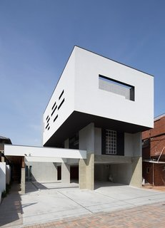 This Week's 10 Best Houses - Photo 9 of 10 - Via designboom, photo by Koji Okamoto