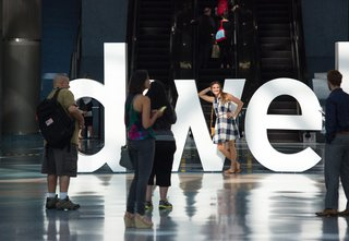 Taking place each June at the Convention Center in downtown Los Angeles, Dwellon Design welcomes an enthusiastic crowd of students, architects, trade professionals, and design aficionados.