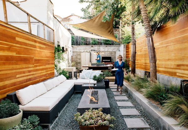 This Backyard Triumphs Over Trouble to Become an Oasis of Calm