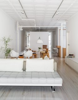 When a Manhattan family approached Frame Design Lab to create a more private master bedroom, they imagined the firm would simply rework a few closet walls. Instead, partners Nina Cooke John and Anne-Marie Singer proposed a bold plan to divide the space by adding a 60-square-foot unit in the middle of the floor plan to reorganize the flow.