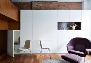 A 16-Foot-Wide Triplex Is Cleverly Reconfigured to Feel Extra Spacious