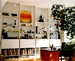 The open-plan living room in Robin and Lucienne Day's home on Cheyne Walk in London's Chelsea, furnished with their designs. The couple, who met at the Royal College of Art in 1940 and were married in 1942, lived there for nearly 50 years. Image courtesy The Robin & Lucienne Day Foundation.