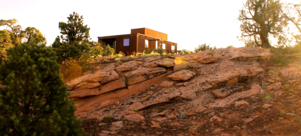 Exterior and Prefab Building Type Project Name: Moab, Utah  Photo 13 of 20 in 19 Modern Prefab Companies Perfect for Mountain Living
