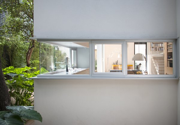 Exterior, Flat RoofLine, and House Building Type  Photo 1 of 13 in Retired Couple Build Modern in Mexico City