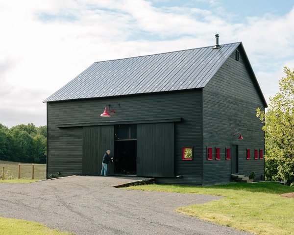 These 10 Refreshed Barns Bring Modern Living to the Countryside
