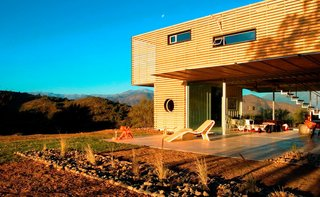 10 Prefab Shipping Container Companies in Europe - Photo 2 of 10 - Project Name: Curacaví House