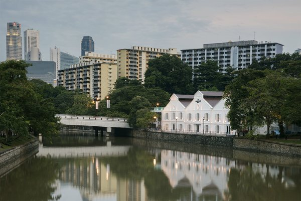 Experience a Modern, Eclectic Side of Singapore at One of These 10 City Stays