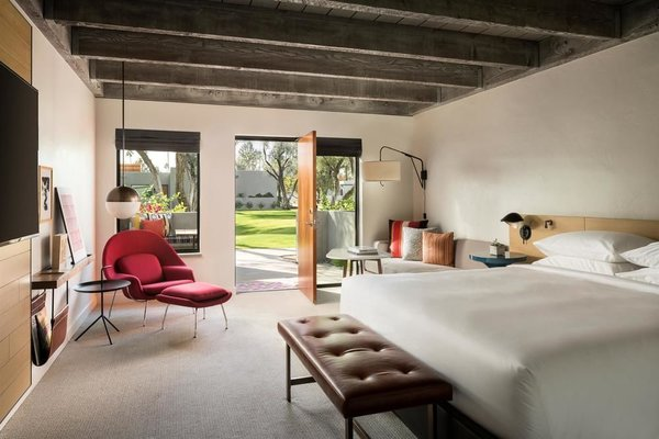The casita-inspired bungalows at Andaz Scottsdale Resort & Spa are inspired by the aesthetics of American midcentury designer, Alexander Girard.