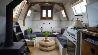 Spend the night on this steampunk-meets-cottage canal boat, and rise to the sounds of birdsong on London's River Thames.
