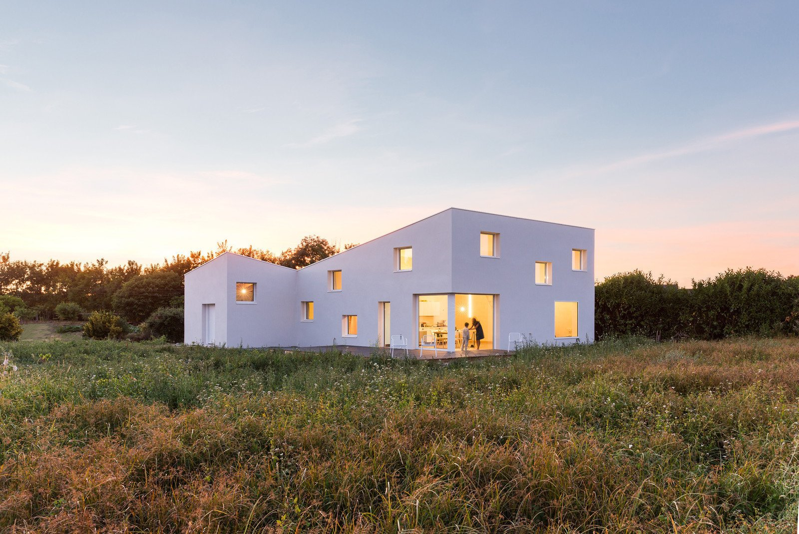 Photo 2 of 11 in 10 Bright White Cubist Homes Across the Globe