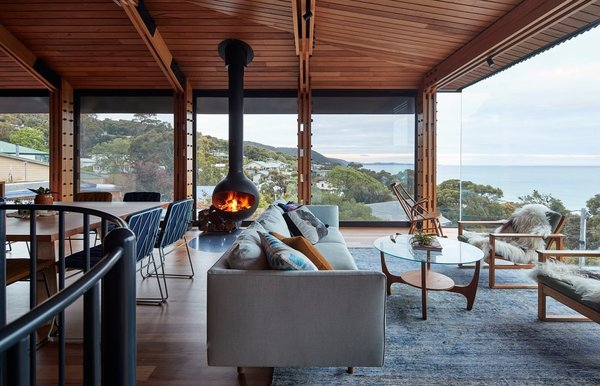 A Great Ocean Road Shack With a View Gets a Sustainable Update