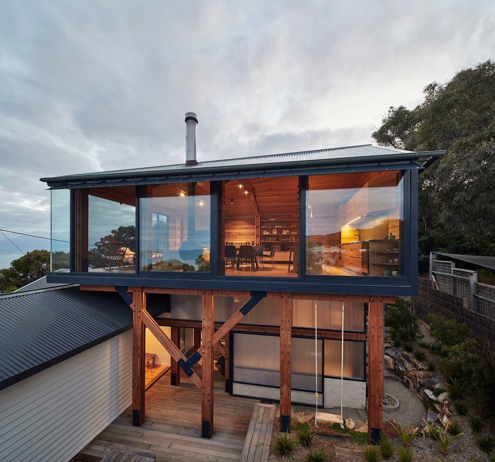 Photo 2 of 12 in A Great Ocean Road Shack With a View Gets a Sustainable Update