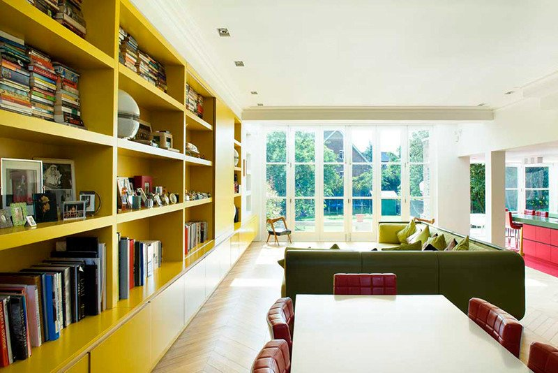 Table, Chair, Ceiling Lighting, and Living Room  Photo 3 of 13 in Bright Bauhaus Colors Fill This Brick Edwardian House in London