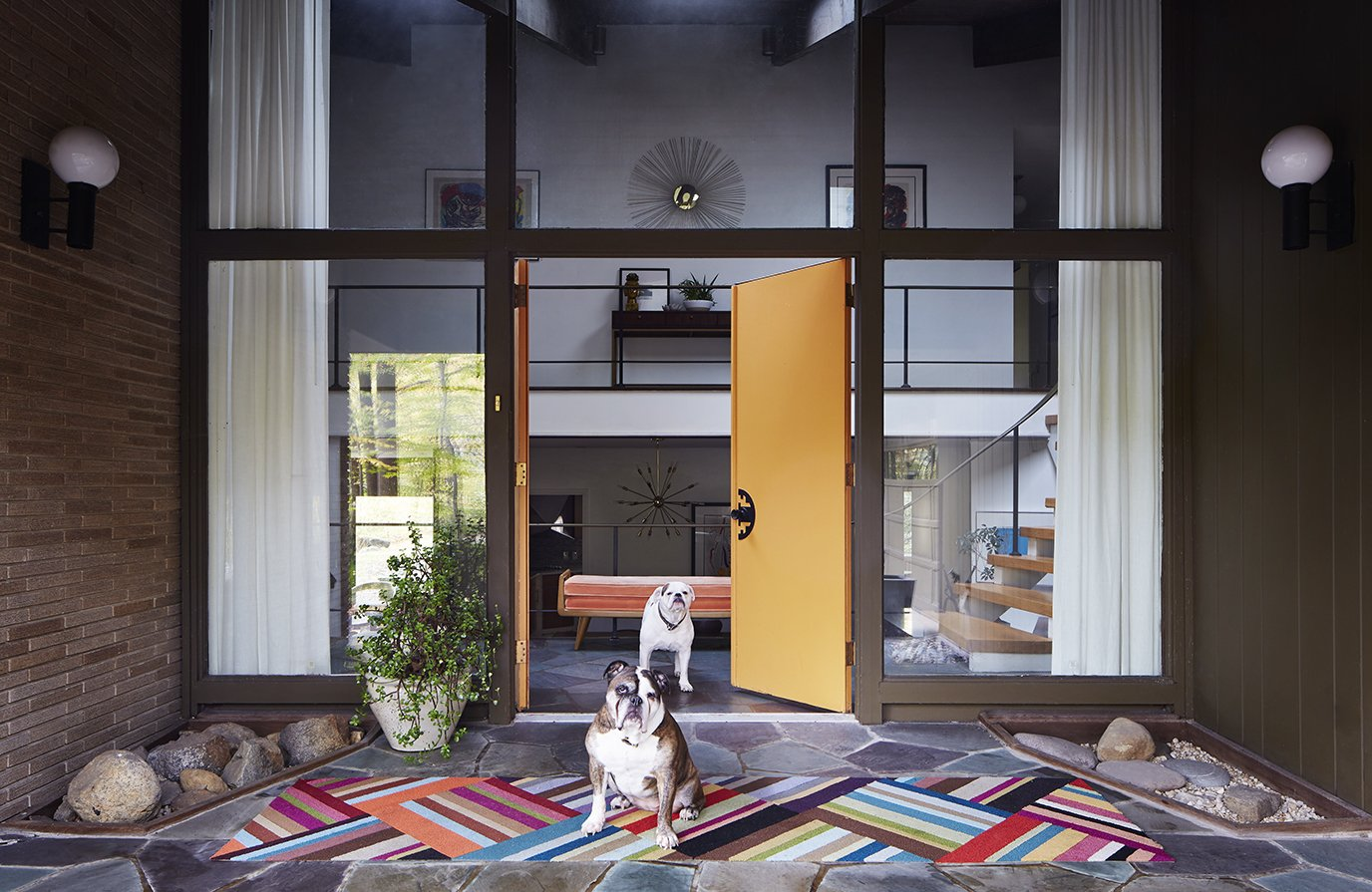7 colors to use in your home to create a midcentury modern look with a twist