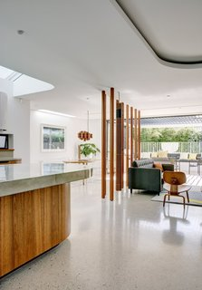 A Heritage Art Deco House in Australia Gets a Modern Update - Photo 7 of 11 -