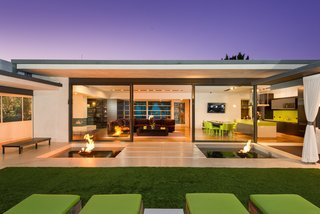 'Friends' Star Matthew Perry's Midcentury Stunner in the Hollywood Hills Is For Sale - Photo 3 of 10 -