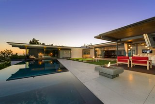 'Friends' Star Matthew Perry's Midcentury Stunner in the Hollywood Hills Is For Sale - Photo 2 of 10 -